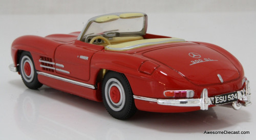 Corgi 1:43 Mercedes 300 SL Convertible, Red