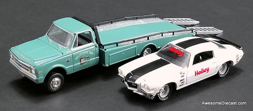ACME 1:64 1967 Chevrolet Ramp Truck With 1971 Chevrolet Camaro Z28