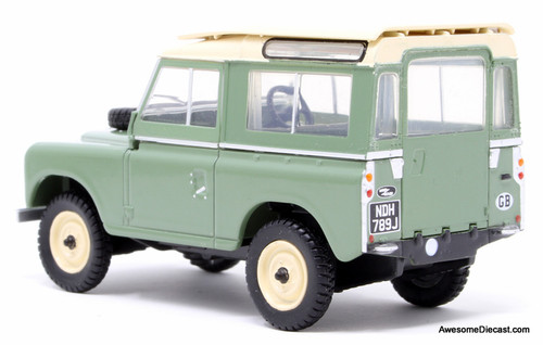 Oxford 1:43 1971 Land Rover Series 11A SWB, Green