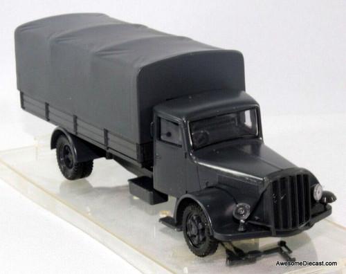 Vitesse 1:43 Saurer S4C Military Canvas Covered Truck, Gray