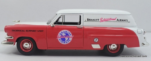 Goldvarg Collection 1:43 1953 Ford Courier: Braniff Airways
