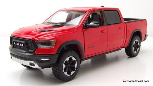 Motormax 1:24 2019 Dodge Ram 1500 Crew Cab Rebel, Red