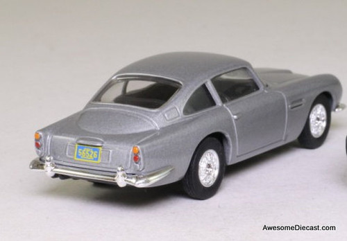 Corgi 1:36 Aston Martin DB5: James Bond Casino Royale