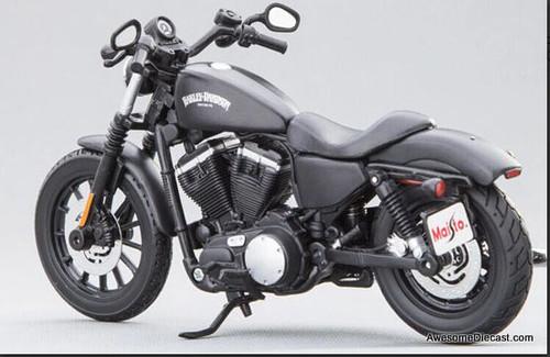 Maisto 1:12 2014 Harley Davidson Sportster Iron 883 Motorcycle