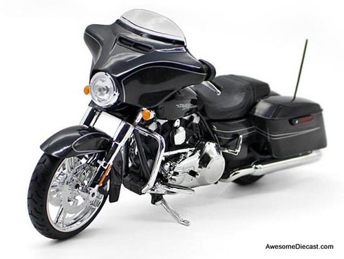 Maisto 1:12 2015 Harley Davidson  Street Glide Special Motorcycle