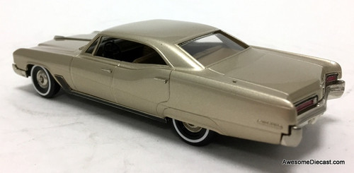 Brooklin models 1:43 1967 Buick Wildcat Four Door Sedan, Champagne