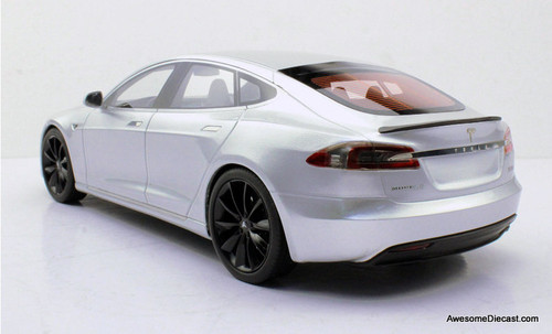 LS Collectibles 1:18 2016 Tesla Model S Facelift, Silver