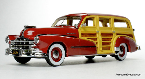 Goldvarg Collection 1:43 1948 Pontiac Streamlined Woodie, Rio Red