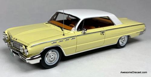 Goldvarg Collection 1:43 1962 Buick Electra, Cameo Cream