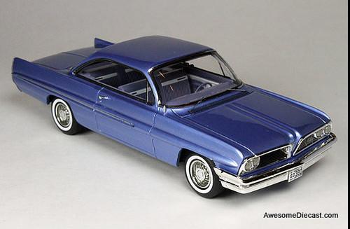 Goldvarg Collection 1:43 1961 Pontiac Catalina, Twilight Mist