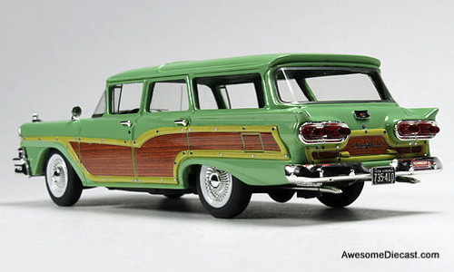 Goldvarg Collection 1:43 1958 Ford Country Squire, Seaspray Green