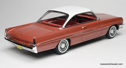 Goldvarg Collection 1:43 1961 Pontiac Catalina, Rose Metallic