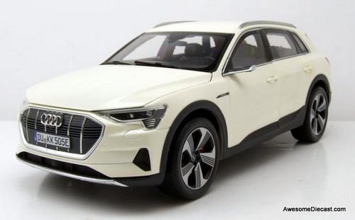 Norev 1:18 2019 Audi E-Tron Electric SUV