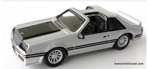 Johnny Lightning 1:64 1982 Ford Mustang GT, Silver