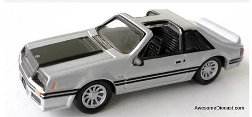 Johnny Lightning 1:64 1982 Ford Mustang GT, Silver