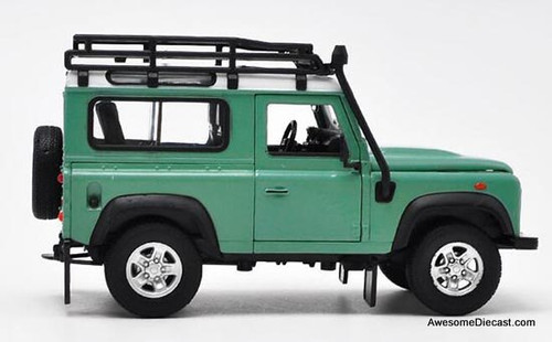 Welly 1:24 Land Rover Defender, Green