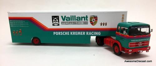 IXO 1:43 Mercedes Benz LPS 1632 Car Transporter: Porsche Kremer Racing