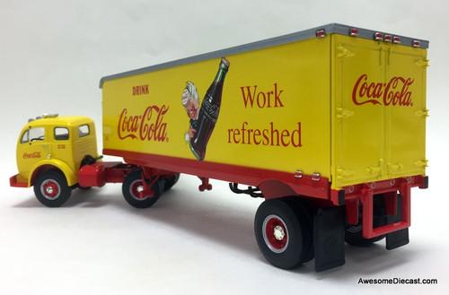First Gear 1:34 1953 White 3000 Tractor w/30' Tractor: Coca Cola