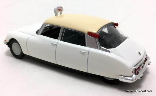 DeAgostini 1:43 1968 Citroen ID 19: Paris Taxi Cab