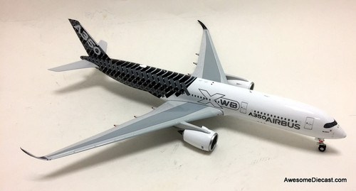 Phoenix 1:200 Airbus Industries  In House A350-900: Carbon Fiber Livery