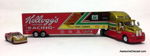 Racing Champions 1:64 NASCAR Peterbilt w/Car Transporter Trailer: Kelloggs, Terry Labonte