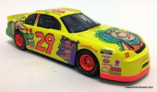 Revell 1:24 1996 Chevrolet Monte Carlo #29 Cartoon Network, Flintstones: Steve  Grissom