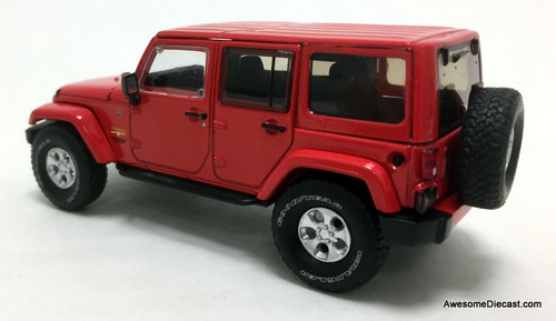 Greenlight 1:43  2017 Jeep Wrangler Unlimited Sahara, Red