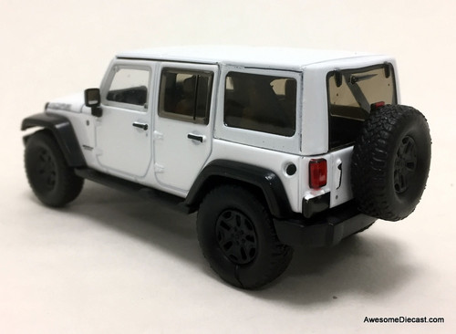 Greenlight 1:43  2017 Jeep Wrangler Unlimited Moab, White