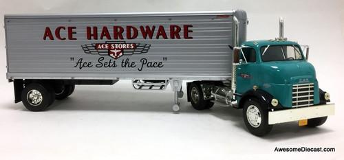 RARE!! Ertl 1:25 1954 GMC Series 950 Tractor w/30' Great Dane Trailer: Ace Hardware