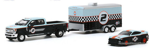 Greenlight 1:64 2019 Ford F-350 Lariat & 2019 Ford Shelby GT350R w/Enclosed Car Hauler