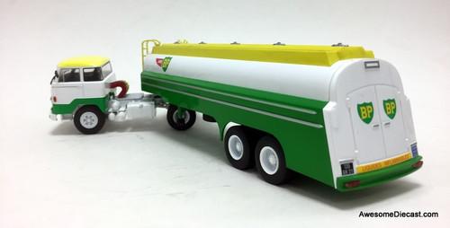 IXO 1:43 1964 Unic Izoard MZ 222 Tractor w/Tanker Trailer: Air BP Gasoline