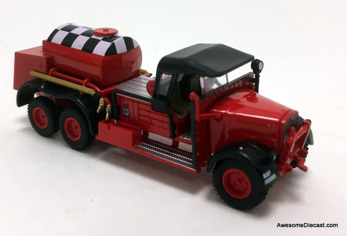 Oxford 1:76 Ford WOT 1 Fire Crash Tender: RAF Catterick