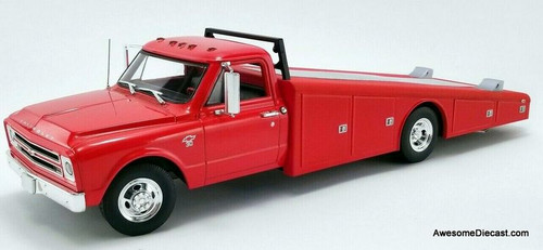 Acme 1:18 1967 Chevrolet C-30 Ramp Truck, Red