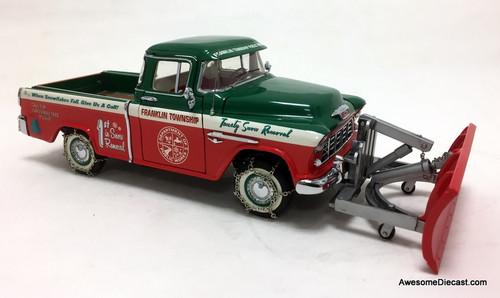 RARE!! Franklin Mint 1:24 1955 Chevrolet Cameo Christmas Truck w/Snow Plough