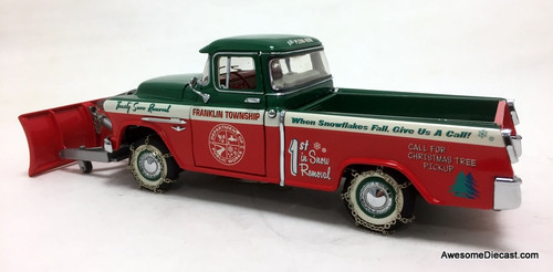 RARE!! Franklin Mint 1:24 1955 Chevrolet Cameo Christmas Truck w/Snow Plough