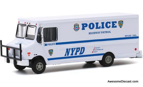 Greenlight 1:64 2019 Highway Patrol Step Van: New York Police Department