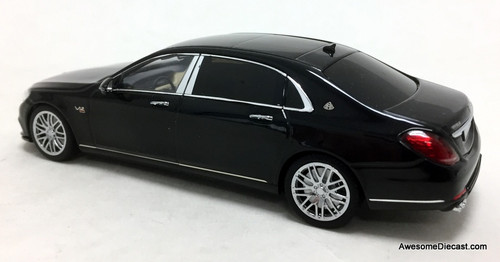 Minichamps 1:43 2016 Mercedes-Benz Maybach S600 V12 Brabus 900