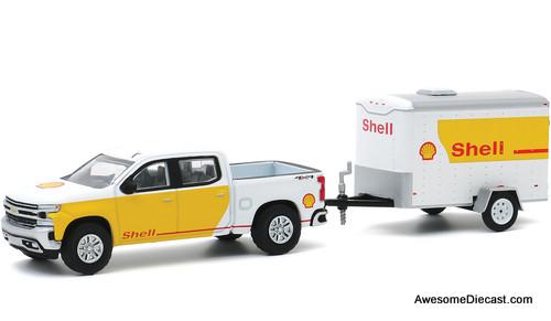 Greenlight 1:64 2019 Chevrolet Silverado & Small Cargo Trailer: Shell Oil