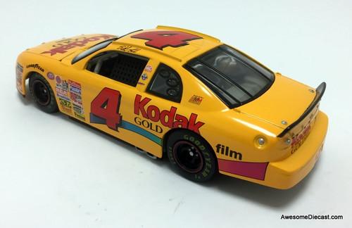 Revell 1:24 1997 Chevrolet Monte Carlo #4 Kodak: Sterling Marlin