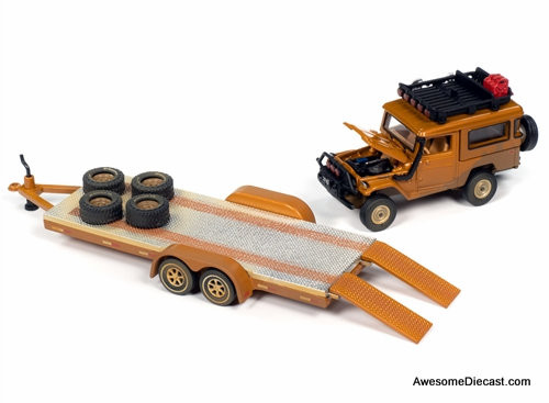Johnny Lightning 1:64 1980 Toyota Land Cruiser w/Open Car Trailer