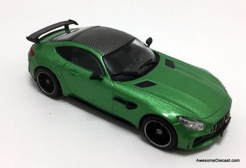 IXO 1:43 Mercedes -Benz AMG GT R Coupe, Metallic Green