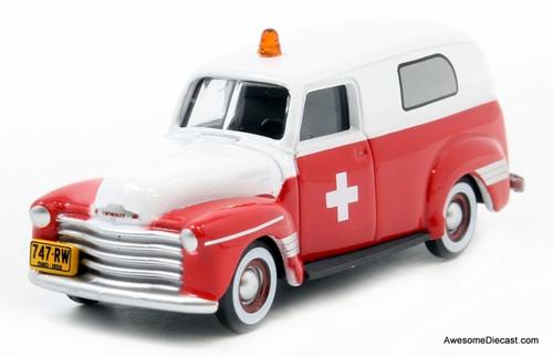 Oxford 1:87 1950 Chevrolet Panel Van: American Ambulance