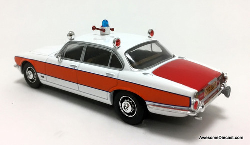 Vanguards 1:43 1976 Jaguar XJ6 Series 2, 4.2 litre: Avon & Somerset Constabulary