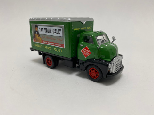CMW 1:50 1948 GMC Box Truck: Railway Express Agency