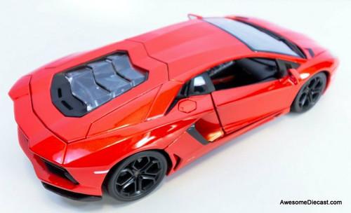 Maisto 1:18 Lamborghini Aventador Coupe, Red