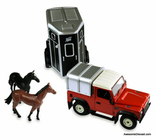 Britains 1:32 1984 Land Rover Defender 90 Pick Up w/Horse Trailer