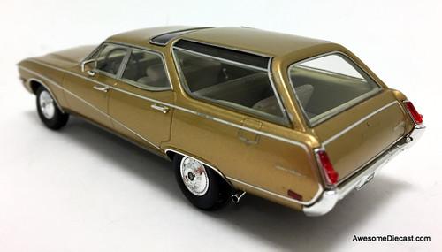 Kess 1:43 1969 Buick Sport Wagon, Metallic Gold