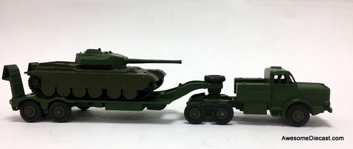RARE - ONLY ONE!! Dinky Toys 1:50 Tank Transporter w/Centurion Tank
