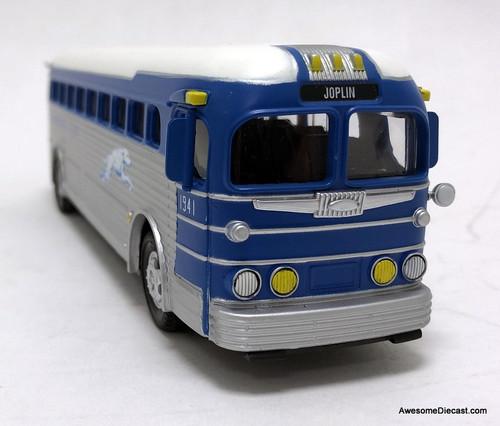 MTH 1:50 General Motors Silversides Greyhound Motorcoach: Joplin, Missouri
