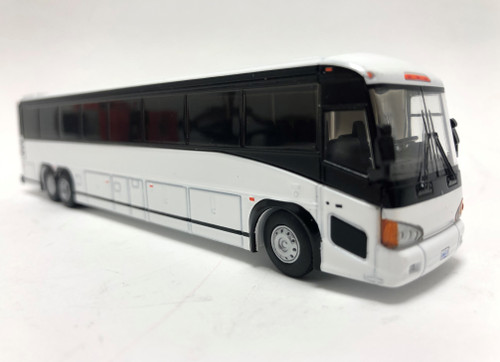 Iconic Replicas 1:87 MCI D4505 Coach: Blank White